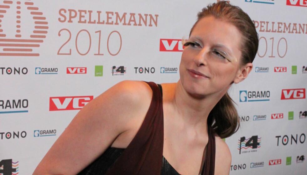 FORNØYD: - Det var fantastisk. Det er veldig motiverende, prisen er jo veldig viktig for bransjen, sa Susanne Sundfør etter å ha vunnet prisen «Populærkomponist». Foto: Anders Myhren/Seher.no