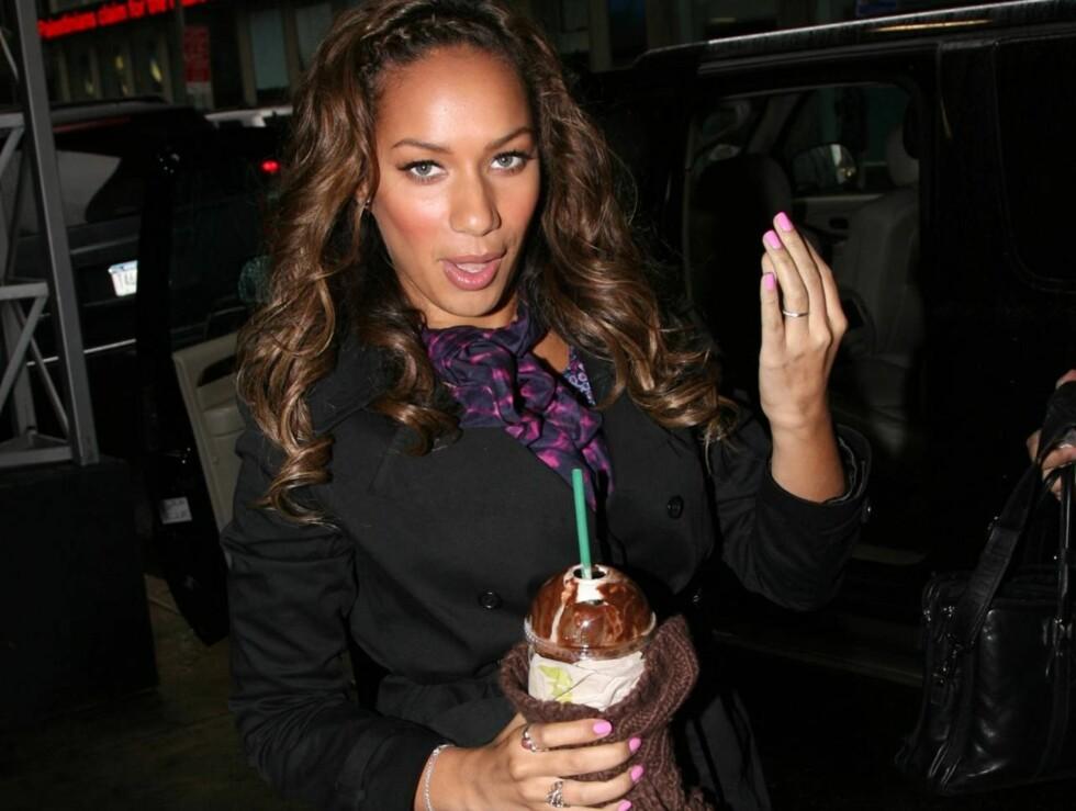 LIVREDD: Leona Lewis havnet midt i en politijakt da hun skulle ha kaffe fra Starbucks. Foto: All Over Press