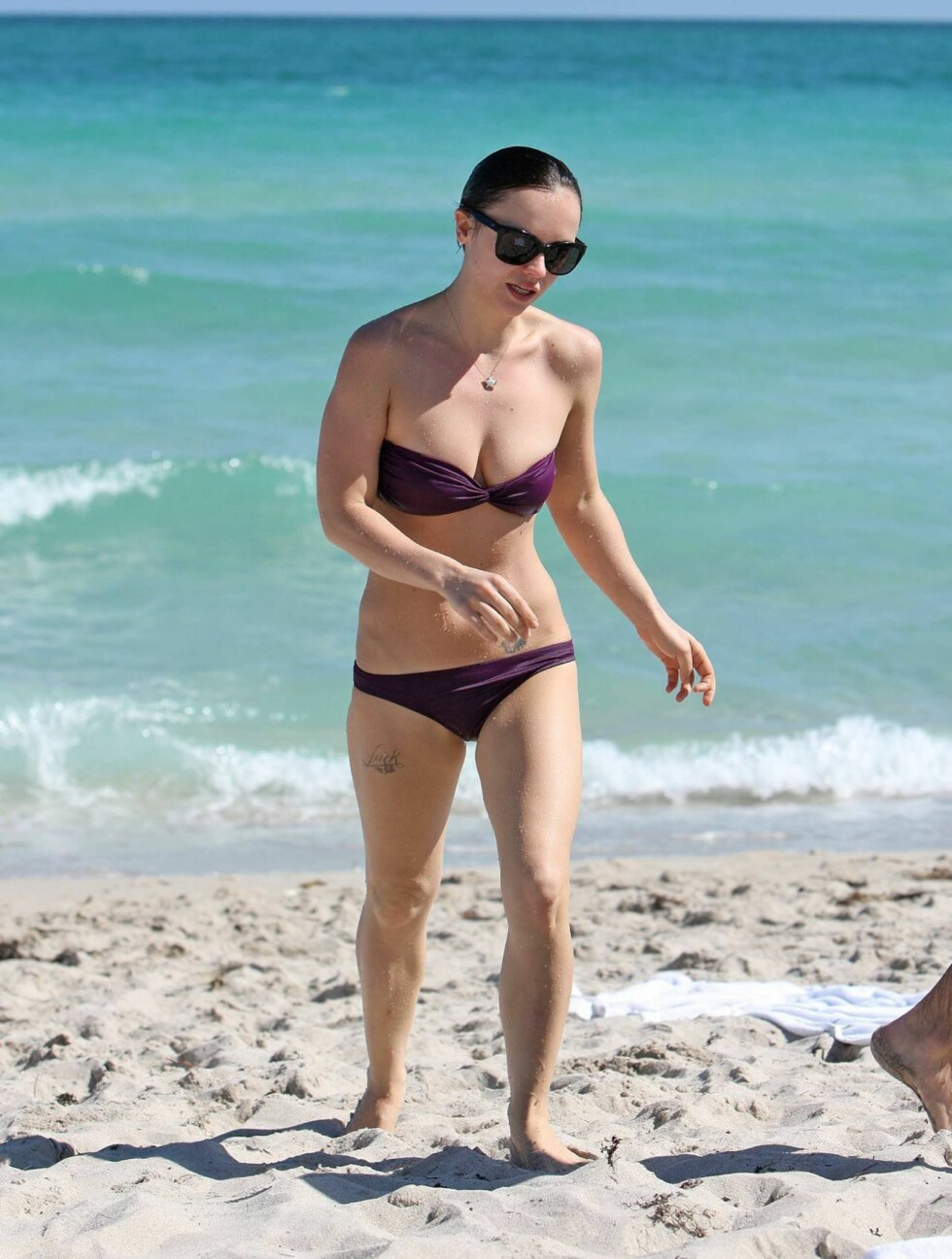 SJOKKERTE: Ifølge Daily Mail skal Christina Ricci ha sjokkert de andre badegjestene med sin tynne kropp. Foto: All Over Press