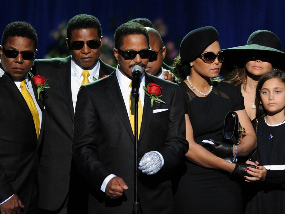 BLIR REALITY: Ifølge RadarOnline er Jackson-familien klar for å la et tv-team følge dem, men de er uenige om Michael Jacksons barn skal filmes. Foto: Stella Pictures
