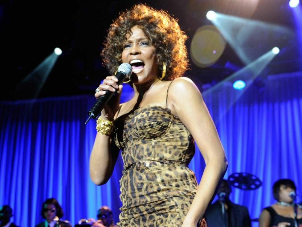 GLITRENDE: Whitney Houston overrasket alle med en god opptreden i anledning Grammy-utdelingen. Foto: All Over Press