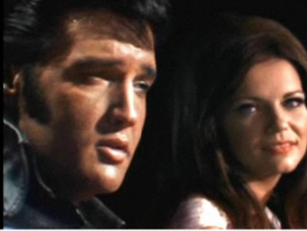 """NY VIDEO: Martina McBride har blitt """"sydd inn"""" i et gammelt TV-opptak med Elvis fra 1968 i den nye musikkvideoen. Foto: All Over Press"""