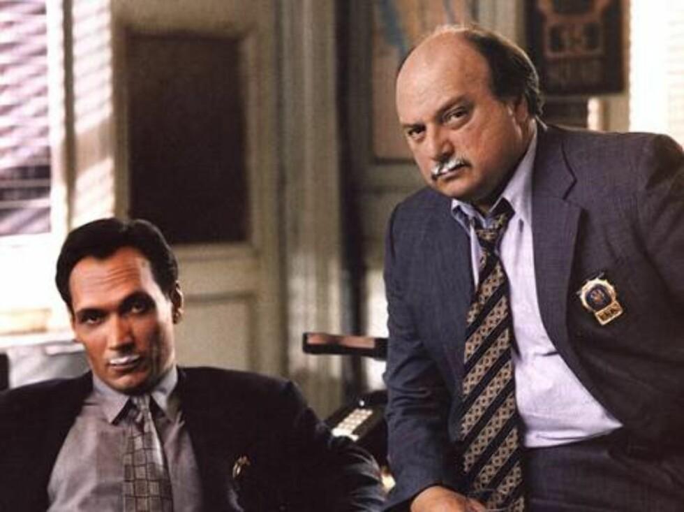"""""""NYPD Blue""""-stjernene Jimmy Smits og Dennis Franz."""