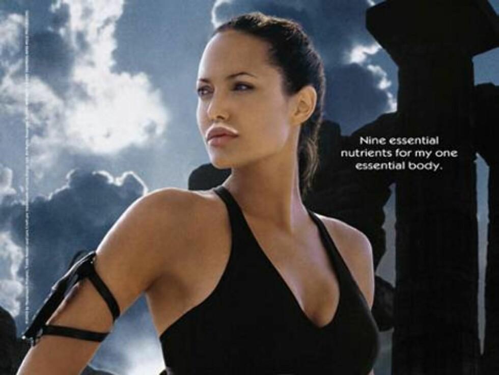 Sexy Lara Croft, eller Angelina Jolie, som hun jo heter.
