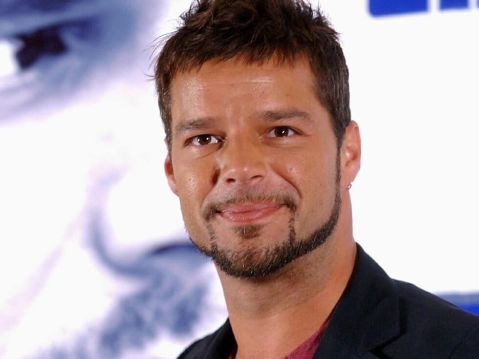 TOBARNSFAR: Det er ikke kjent at Ricky Martin er noe parforhold, men ønske om å bli pappa satte ingen stopper for det. Foto: All Over Press