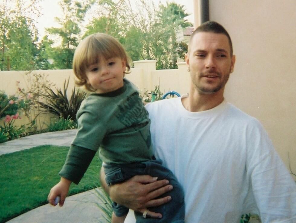 UNG FIREBARNSPAPPA: Kevin Federline fikk fire barn på få år, de to yngste med popstjernen Britney Spears. Mer med deres eldste sønn Sean Preston. Han har i dag omsorgen for deres to sønner. Foto: All Over Press