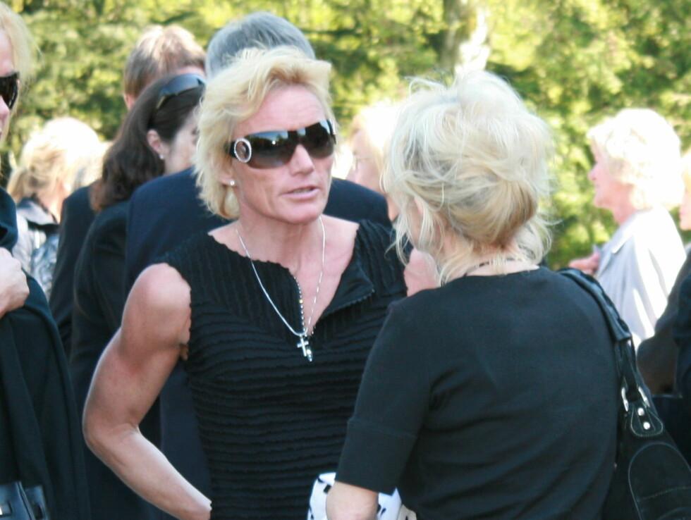 MYE MORO: Skistjernen Anette Bøe fortalte at hun og Julie har hatt det mye moro sammen. Foto: Seher.no