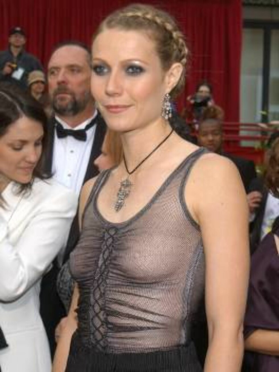 402719 224:  Actress Gwyneth Paltrow arrives at the 74th Annual Academy Awards March 24, 2002 at The Kodak Theater in Hollywood, CA.  (Photo by Vince Bucci/Getty Images) ALL OVER PRESS Foto: Getty Images