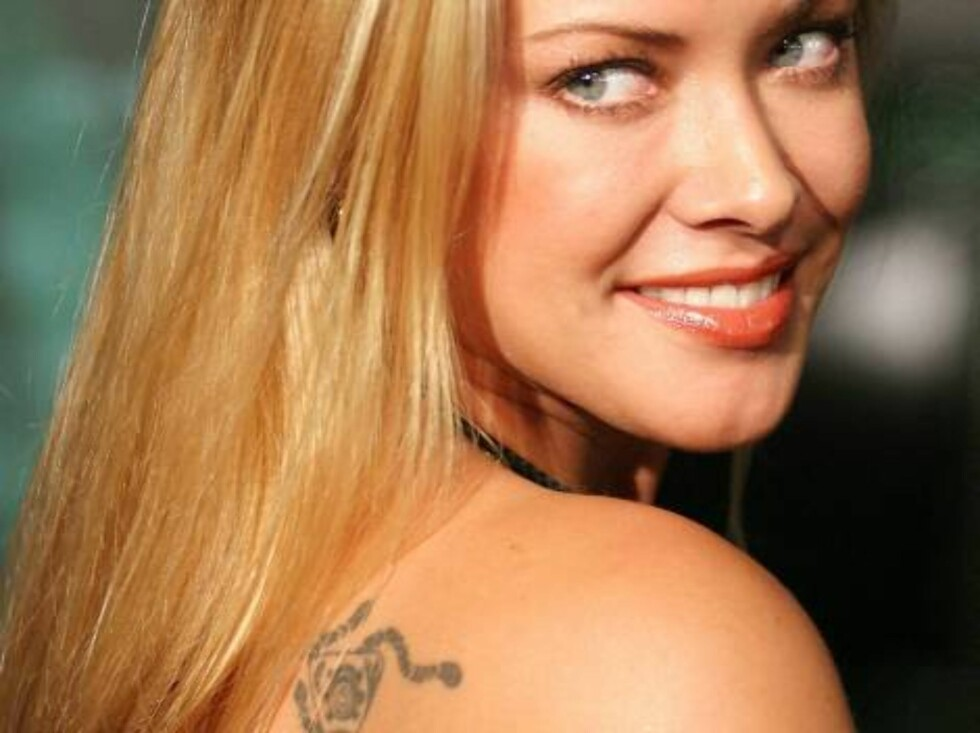 """LOS ANGELES - OCTOBER 27:  Actress Kristanna Loken attends the film premiere of """"Matrix Revolution"""" at the Disney Hall on October 27, 2003 in Los Angeles, California.  (Photo by Giulio Marcocchi /Getty Images) / ALL OVER PRESS Foto: All Over Press"""