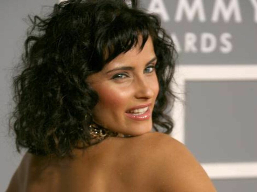 LOS ANGELES, CA - FEBRUARY 11:  Singer Nelly Furtado  arrives at the 49th Annual Grammy Awards at the Staples Center on February 11, 2007 in Los Angeles, California.  (Photo by Frazer Harrison/Getty Images) *** Local Caption *** Nelly Furtado * SPECIAL IN Foto: All Over Press