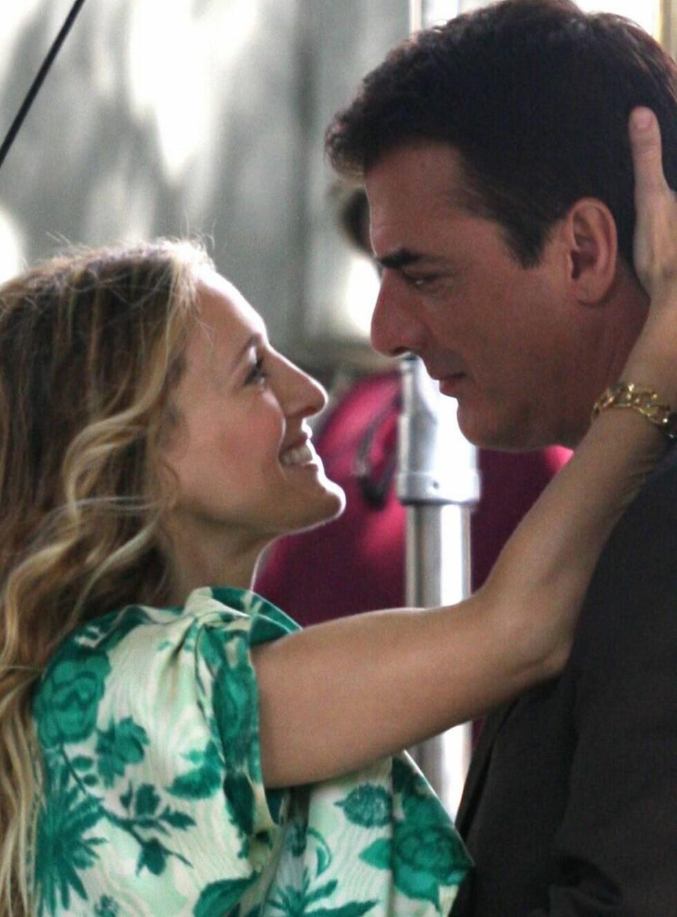 GIFTER SEG?: Blir det Carrie og Mr. Big for evig og alltid? Foto: All Over Press