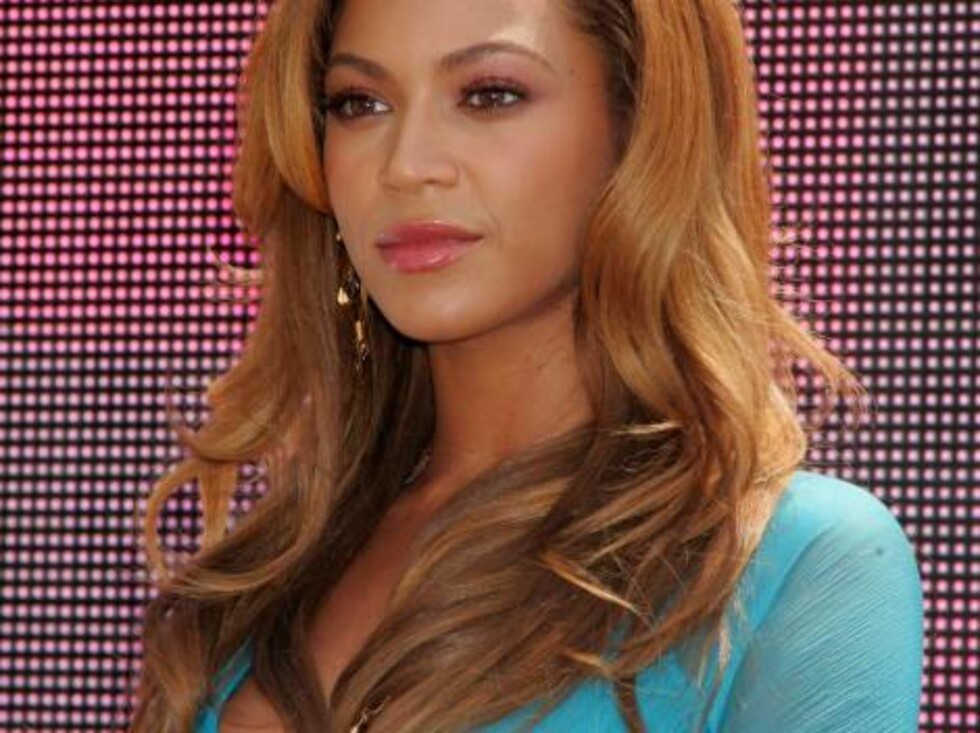 Jul 31, 2006; New York, NY, USA; Singer BEYONCE KNOWLES at the press conference for the 2006 nominees and performers for the MTV Video Music Awards held at Top of the Rock.  Photo by Nancy Kaszerman/ZUMA Press.  Code:4014 COPYRIGHT STELLA PICTURES Foto: Stella Pictures