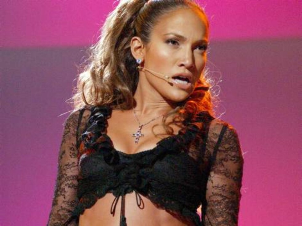 BARCELONA, ESP - NOVEMBER 29:  (FILE PHOTO) Actress/singer Jennifer Lopez performs on stage during the Onda Music Awards show November 29, 2001 in Barcelona, Spain. It has been reported that Lopez left ICM, International Creative Management.  (Photo by Ca Foto: All Over Press