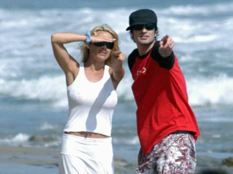 """FREKK FILM: """"Baywatch""""-baben Pamela Anderson fortviler den dag i dag over sexvideoen hun spilte inn med sin daværende utkårede Tommy Lee havnet på nett... Foto: All Over Press"""