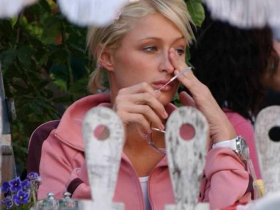 """FREKK FILM: Hotellarving Paris Hilton kan oppleves i både """"One Night In Paris"""" og en frekk lesbevideo. De er begge på nett... Foto: All Over Press"""