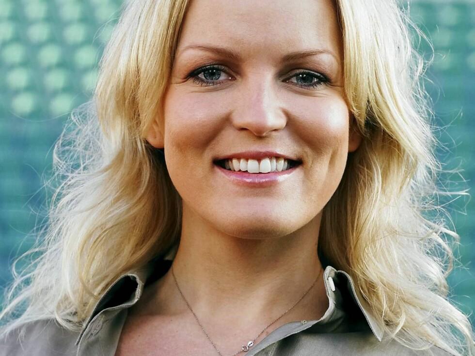 HAR DET BRA I SPANIA: Blondiner er ikke akkurat upopulære i Spania. Guros utseende medfører nok mye plystring! Foto: TV 2