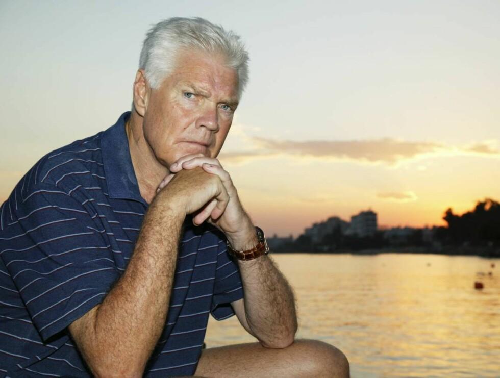 BLE FRISK: Arne Treholt forteller om den tunge sykdomsperioden - der han lå nesten to måneder i koma. Nå er han frisk og jobber som finansdirektør.
