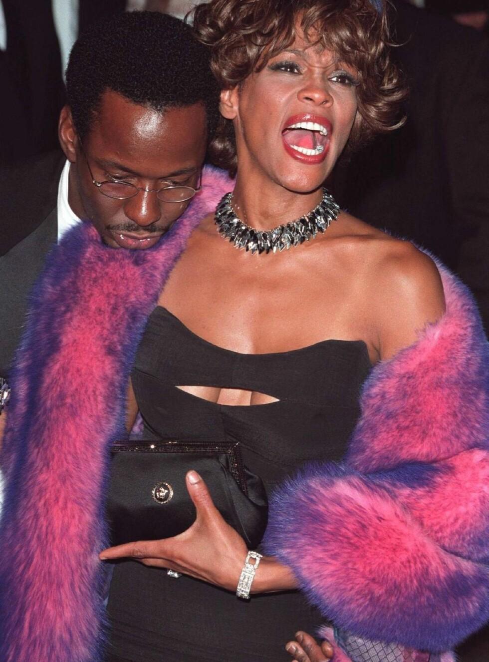 SKANDALEPAR: Bobby Brown og Whitney Houston ble kjent for stt narkotikamisbruk og sine mange skandaler. Nå ser det ut til at Bobby fortsetter i samme stil som single. Foto: Stella Pictures