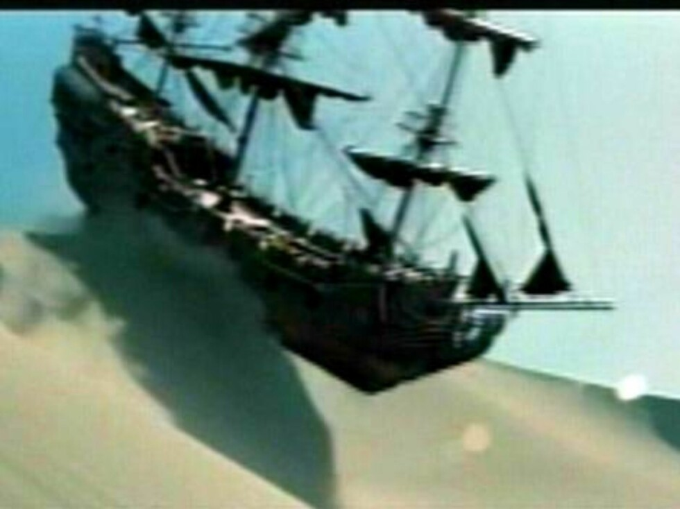 First glimpse at the third 'Pirates of the Caribbean' movie.  A new trailer for 'Pirates of the Caribbean: Edge of the World' was premiered last night on US TV.  Ref: FVG JWLA 190307 B   Splash News and Picture Agency does not claim any Copyr Foto: All Over Press