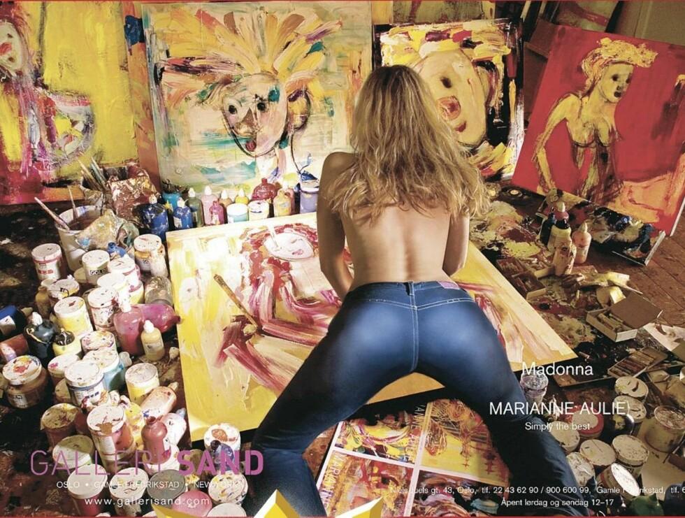 SPENSTIG: Slik markedsførte Marianne Aulie utstillingen sin... Foto: PLAKAT