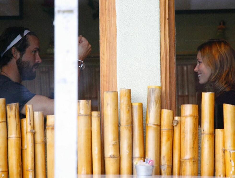 NYTT PAR?: Det er ikke vanskelig å se at Jessica og Ryan trives i hverandres selskap... Foto: STELLA PICTURES