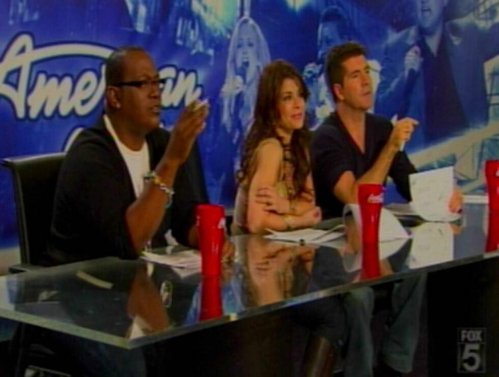"""TØFF DOMMER: Det er ikke alltid håpefulle """"American Idol""""-deltakere får høre det de vil av brutalt ærlige Simon. Foto: All Over Press"""