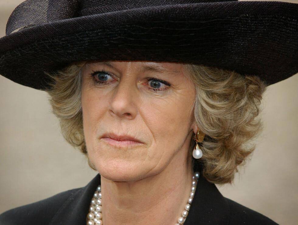 OPERERES: Camilla er innlagt på sykehus - og skal opereres mandag. Ifølge britisk presse skal hun fjerne livmoren. Foto: AP