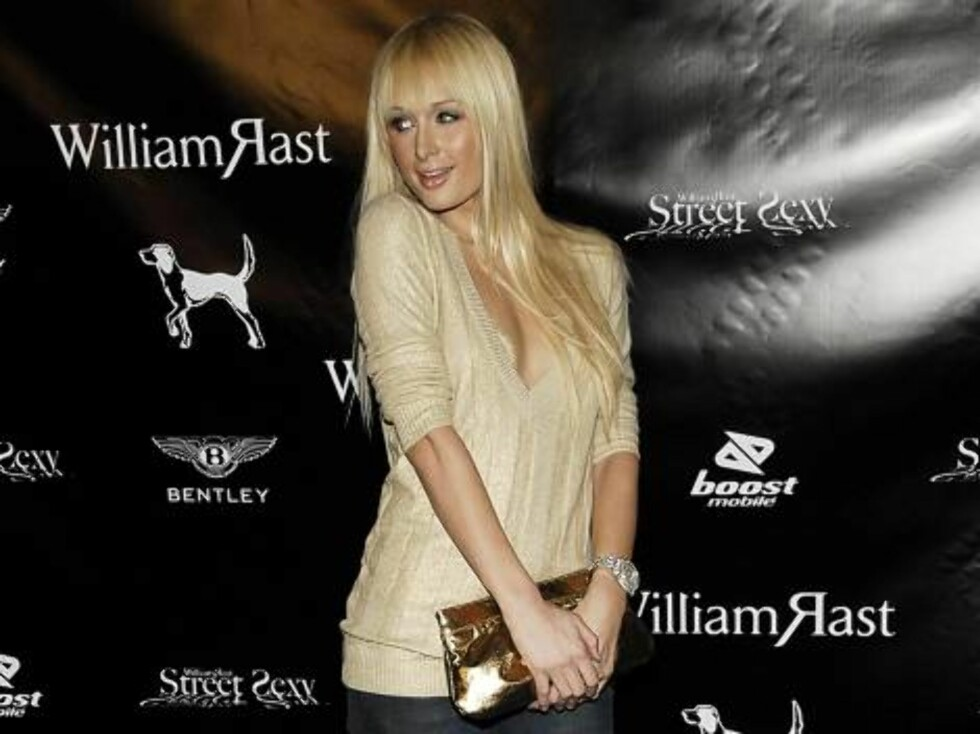 Ikke et show uten Paris Hilton! Foto: AP/Scanpix