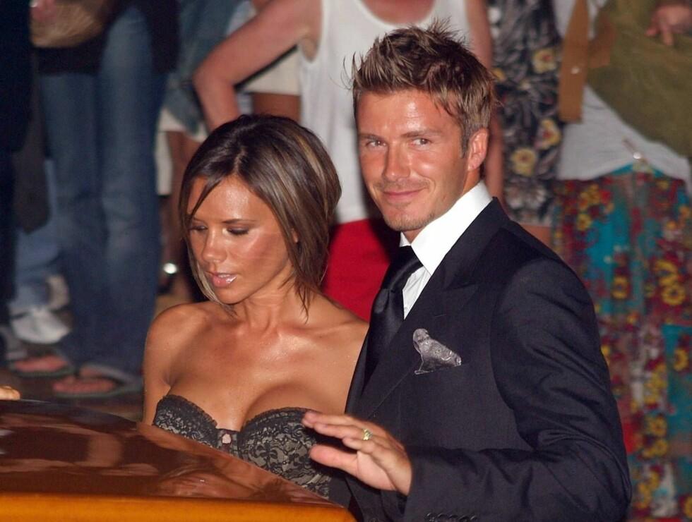 MYE VIL HA MER: David og Victoria Beckham er allerede mangemillionærer, men vil også ha suksess på parfymefronten... Foto: AP