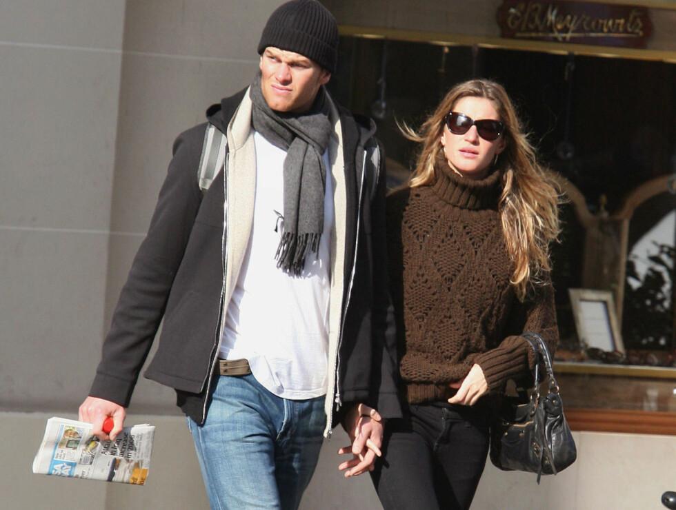 FORELSKET: Til tross for at Tom Brady venter barn med en annen, er Gisele hodestups forelsket i fotballstjernen. Foto: Stella Pictures