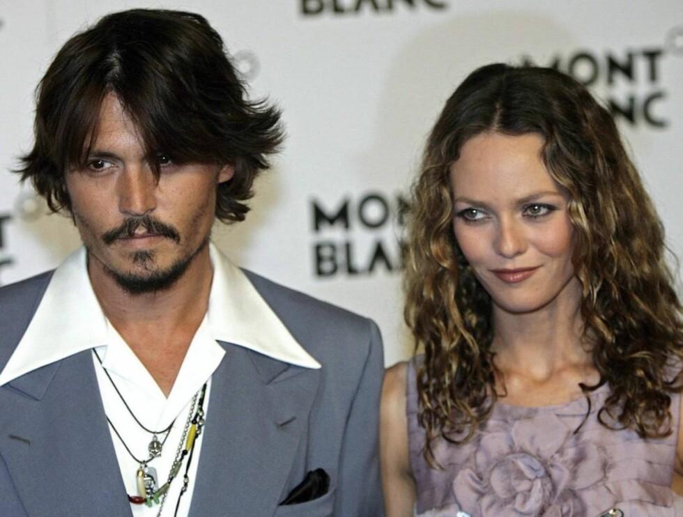 SYK DATTER: Johnny Depp og Vanessa Paradis datter er innlagt på sykehus. Foto: Scanpix