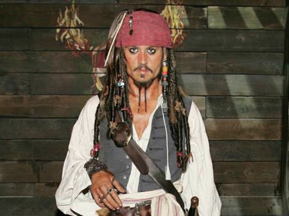 Madame Tussauds launch Pirates of the Caribbean: Dead Man's Chest interactive attraction in London.  Pictured: Orlando Bloom, Johnny Depp and Keira Knightley Wax Figures    Ref: FDUK 050706 A      Splash News and Pictures Los An Foto: All Over Press