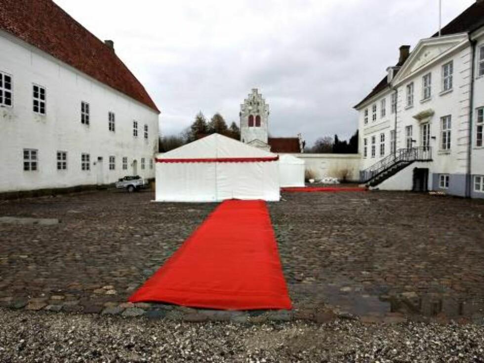 KONGELIG BRYLLUP: Alt er på plass til prinsesse Alexandras store bryllupsfest lørdag. Foto: Stella