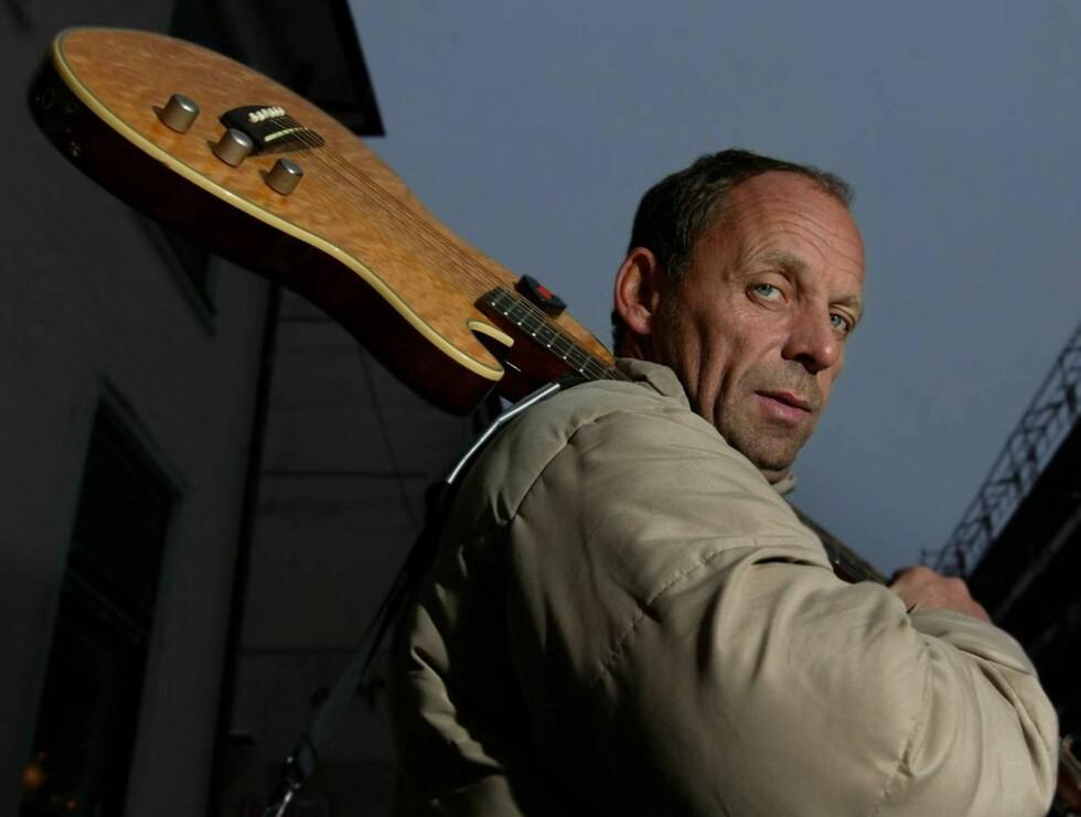 SYNGER: - Låten er kjempebra, det er som jeg skulle skrevet den selv, forteller en stolt Rudberg. Foto: Se og Hør, Henning Jensen