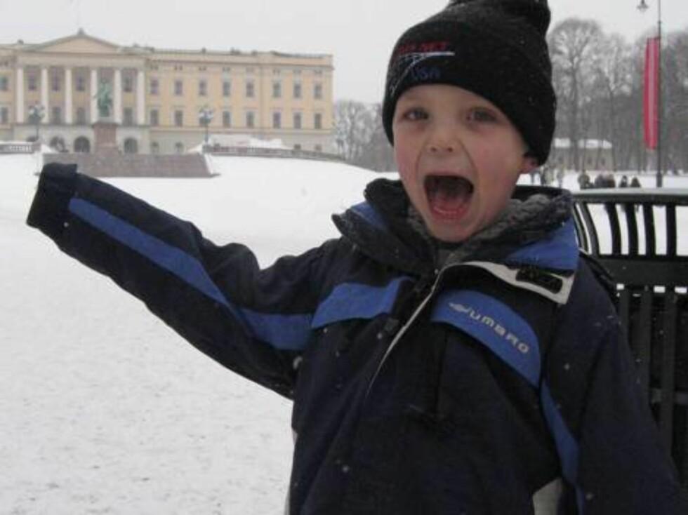 FORNUFTIG: Sven Erik Brekke (5) ville gitt Kongen en skibukse! Og gjerne en varm jakke og et par hansker til å holde seg varm. Foto: Seher.no, Sølvi Jeppesen Raast
