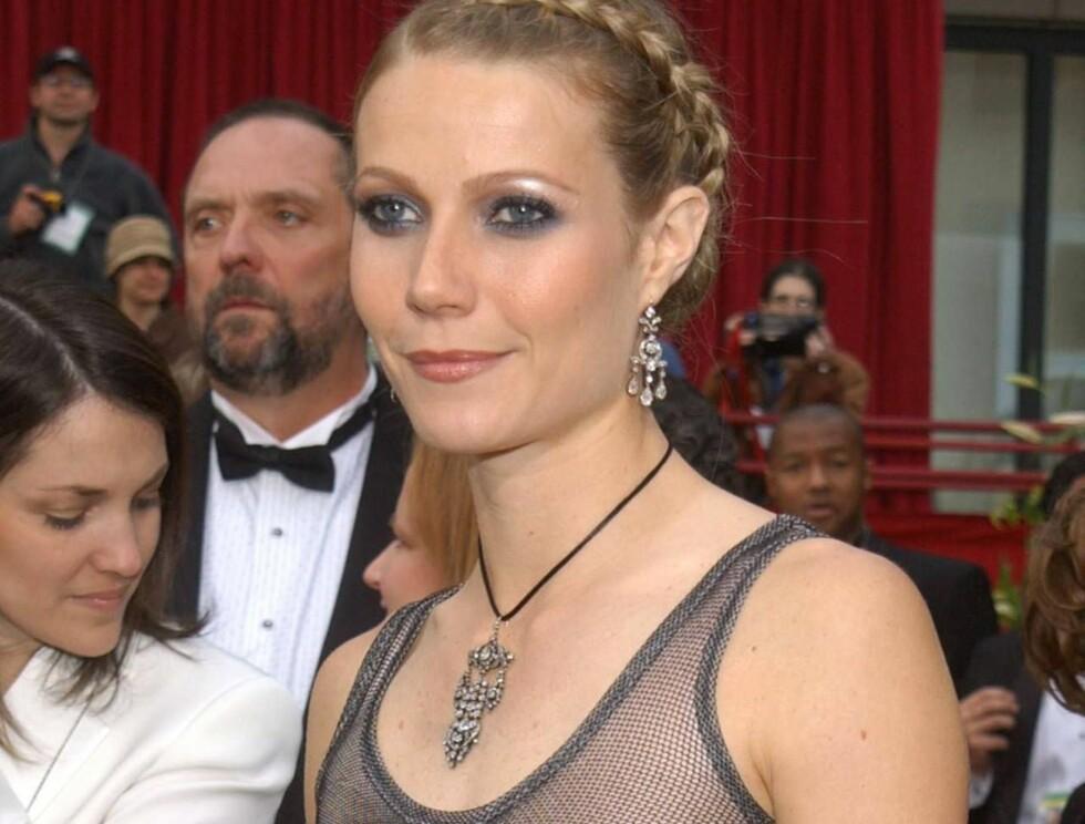 NITRIST: Gwyneths kombinasjon av dårlig holdning, manglende BH og lut rygg er langt fra god. Foto: Getty Images