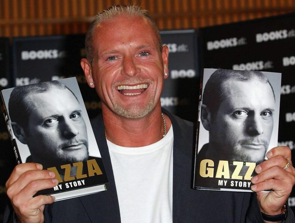 """BOK: Paul ga i 2004 ut selvbiografien """"Gazza: My Story"""", selvsagt til stor glede for ham selv. Foto: All Over Press"""