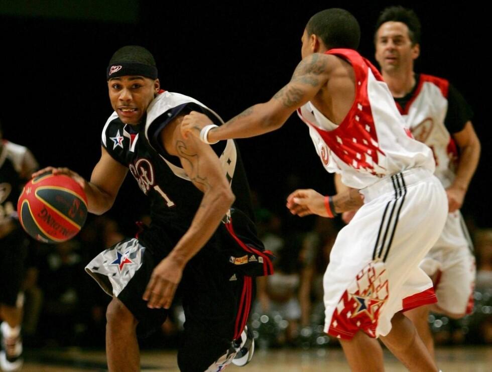 NBA BASKET: Nelly deltok i et kjendislag i basket, og havnet på strippeklubb sammen med flere av deltagerne etterpå. Tre personer ble alvorlig skadet da det ble utløst skudd. Foto: All Over Press
