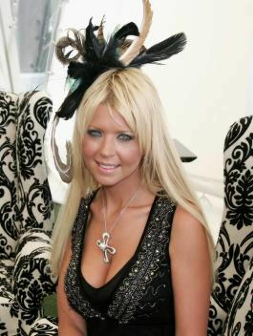 BRISBANE, AUSTRALIA - JANUARY 13:  Actress Tara Reid attends the Conrad Jupiter's Magic Millions Raceday at the Gold Coast Turf Club on January 13, 2007 in Brisbane, Australia.  (Photo by Patrick Riviere/Getty Images)72929145PR001_Tara_Reid_Att *** Local Foto: All Over Press