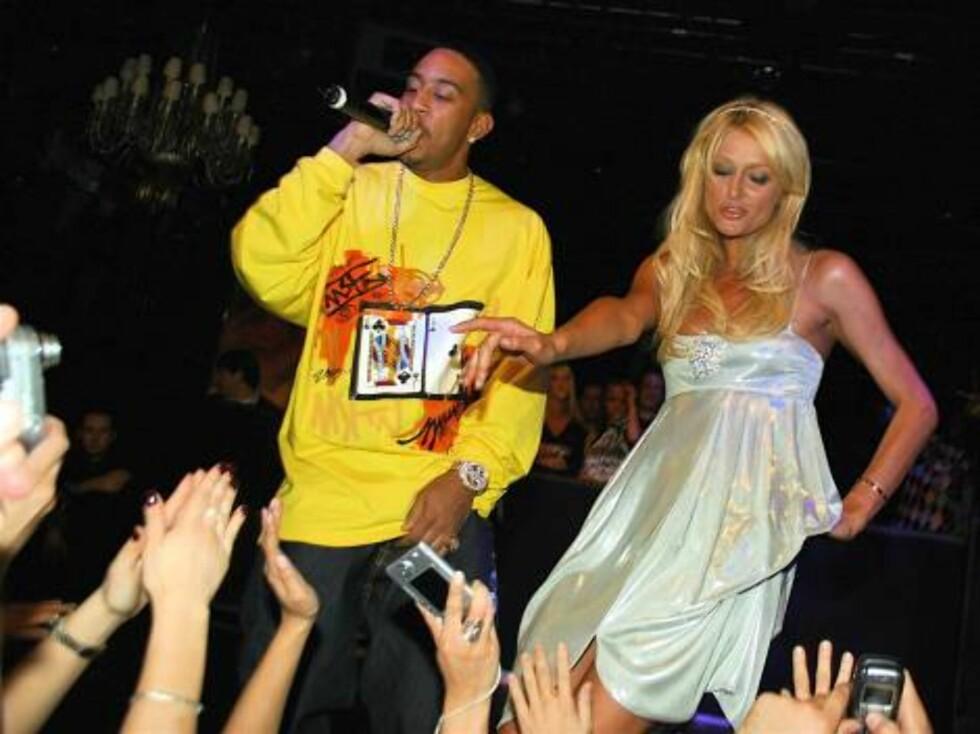 Big party!!! cParis Hilton celebrates 26th birthday in Las Vegas Feb 16, 2007 X17online exclusive Foto: All Over Press