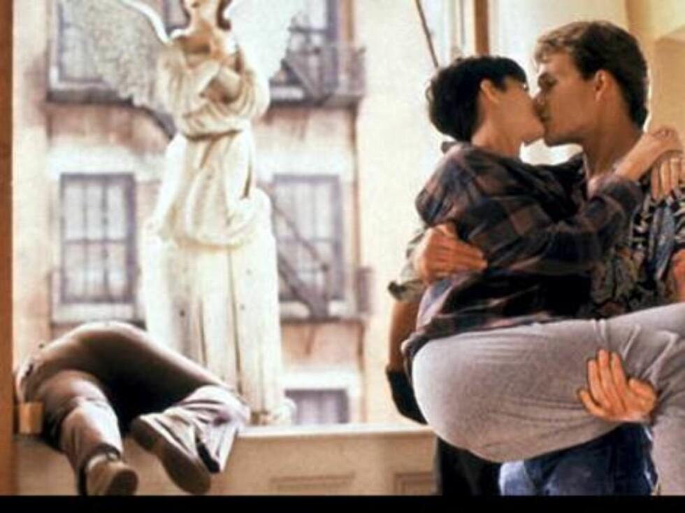 "Demi Moore og Patrick Swayze i ""Ghost"". Foto: Filmweb"