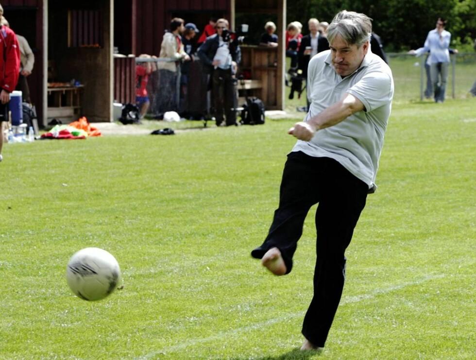 SPORTSFRELST: Det blir en helt time sportsdebatt når Davy Wathne får sitt eget program. Foto: SCANPIX