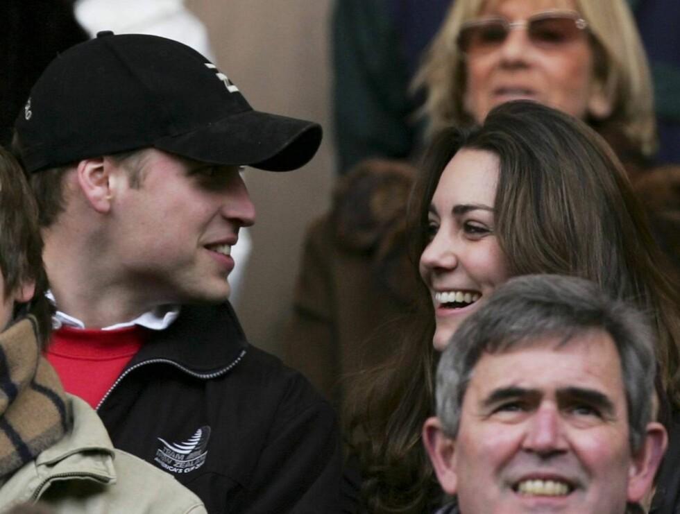 FORELSKET: Britene har trykket Kate Middleton til sitt bryst. Blir hun Storbritannias neste dronning? Foto: All Over Press