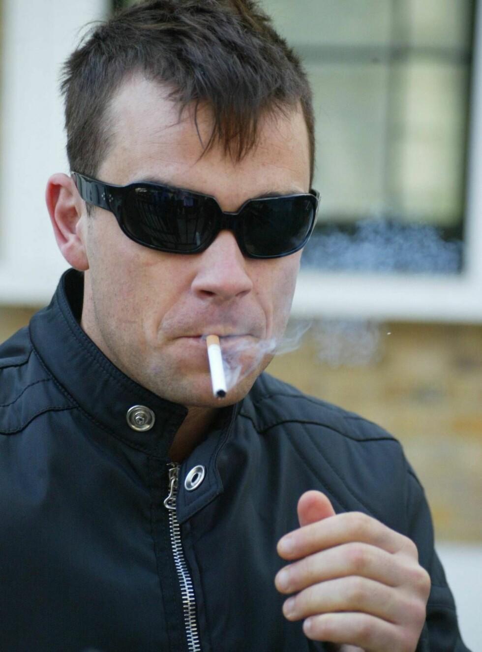 FÅR HJELP: Robbie Williams ba om hjelp.... Nå håper han å kunne leve et normalt liv. Foto: All Over Press