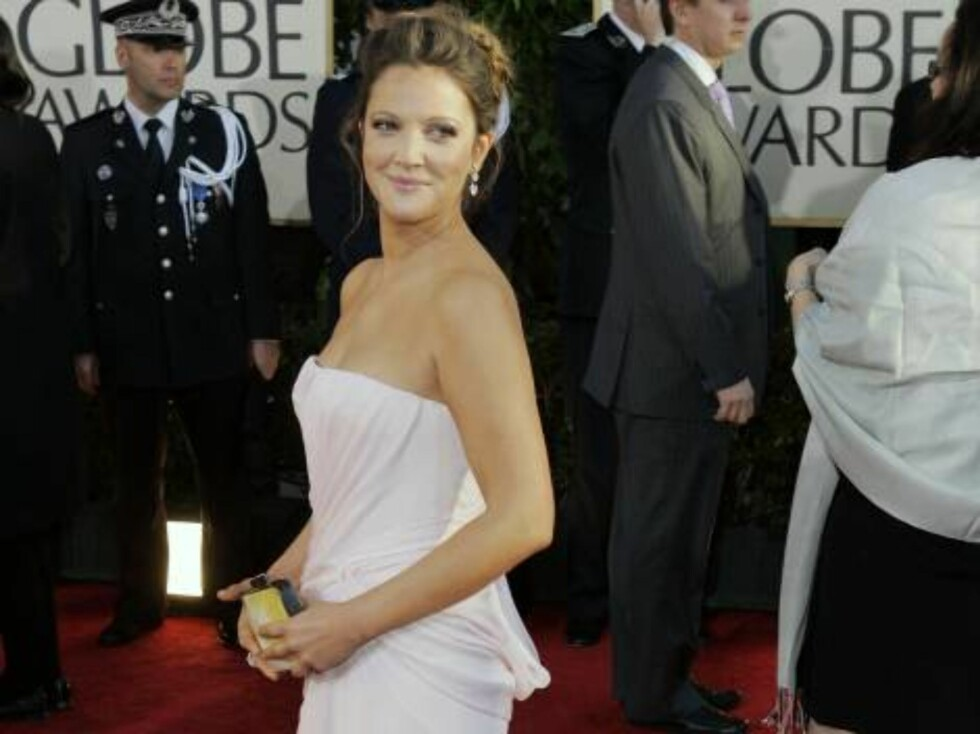 Drew Barrymore arrives for the 64th Annual Golden Globe Awards on Monday, Jan. 15, 2007, in Beverly Hills, Calif. (AP Photo/Mark J. Terrill) Foto: AP