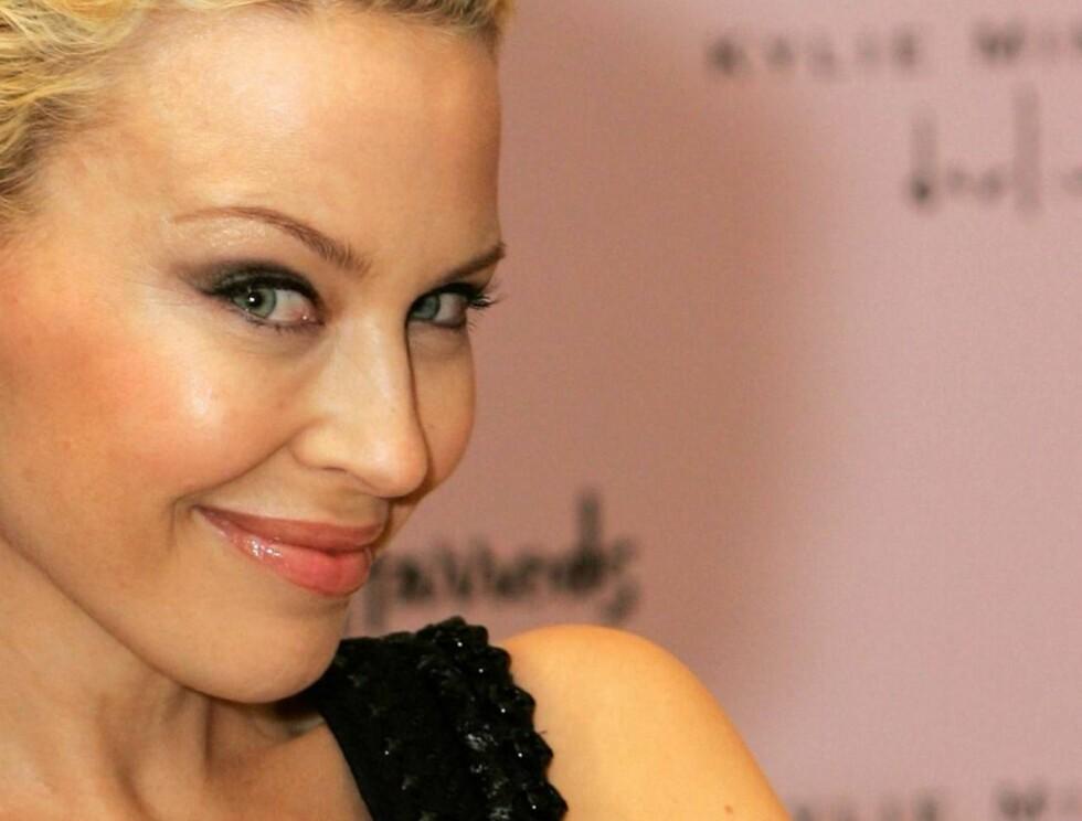 TRIST: Kylie har hele veien hevdet at hun og Olivier skiltes som venner. Nå ber hun om en ny sjanse! Foto: AP/Scanpix
