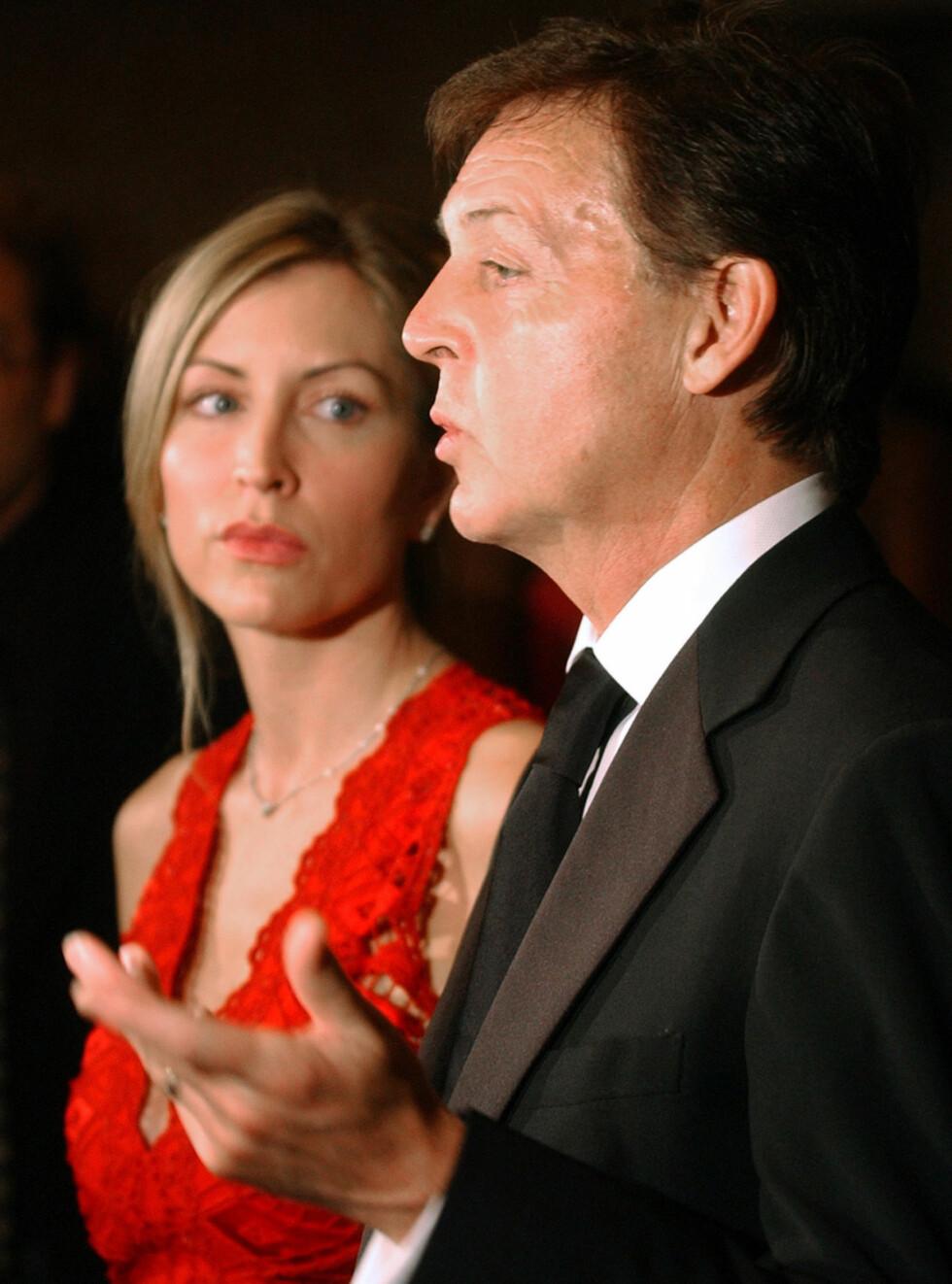 BITTERT: Skilsmissen mellom Paul og Heather blir skitnere og skitnere for hver dag som går. Foto: AP
