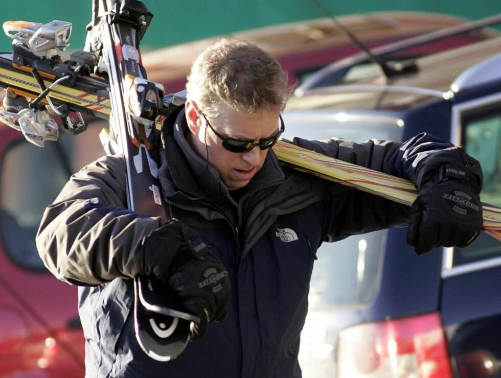 FLYTRØBBEL: Prins Andrews hyppige bruk av privatjet har fått skattebetalerne til å se rødt. Foto: All Over Press