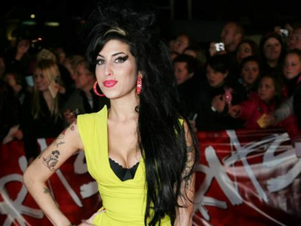 British singer Amy Winehouse arrives at the BRIT Music Awards 2007 in London's Earl's Court, Wednesday Feb. 14, 2007. The BRIT Awards are Britain's most prestigious music prize. (AP Photo/Sang Tan) Foto: AP