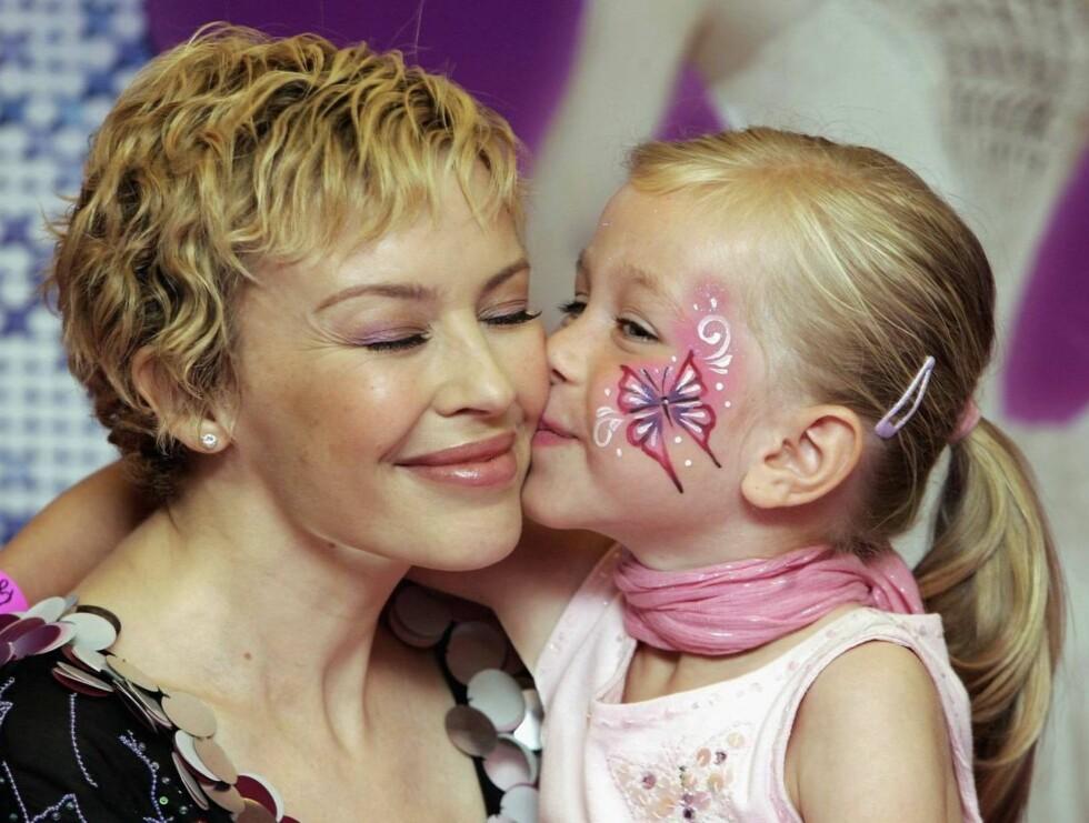 KLAR: Kylie har drømt om egne barn i flere år. Blir hun nå mammaen til en liten Malawisk gutt, hun også? Foto: All Over Press